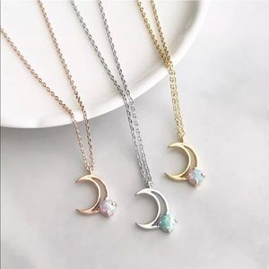 🌙 Created Opal Moon Crescent Pendant Necklace